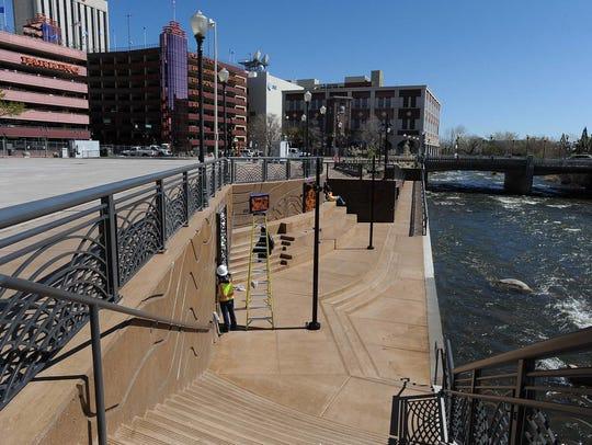 Photos of a sneak preview of the Virginia Street Bridge.