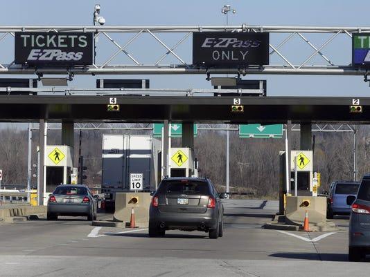 635991721870118548-DFPBrd-EAST-12-10-2015-DFPXX-1-A001-2015-12-09-IMG-DFP-toll-roads-2-1-1-FBCQMSAA-L724871149-IMG-DFP-toll-roads-2-1-1-FBCQMSAA.jpg