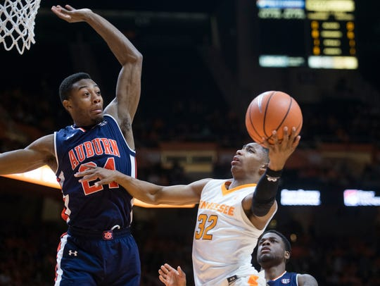 Tennessee's Chris Darrington attempts to score while