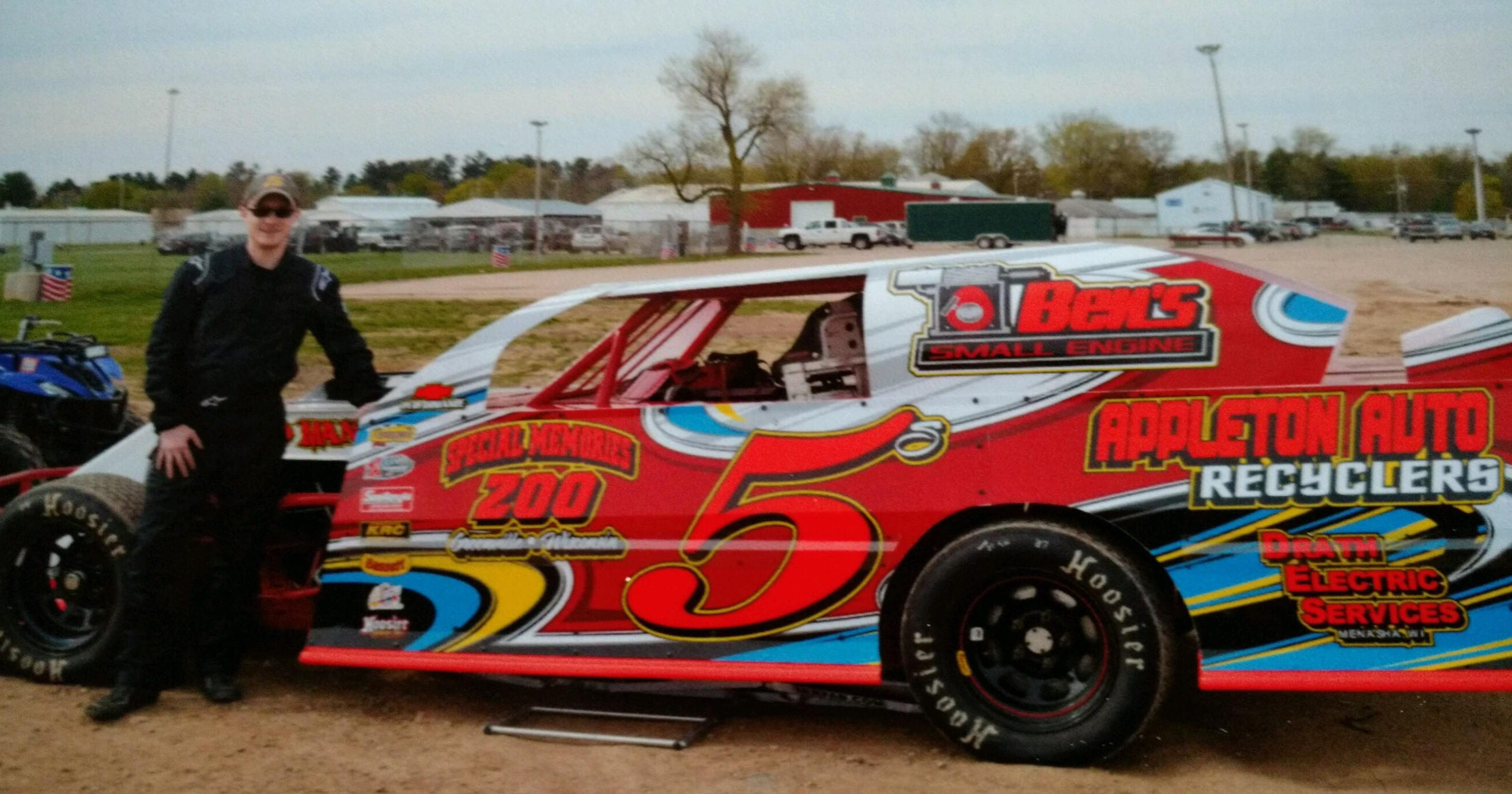 Appleton driver Brock Saunders will hit WIR pavement in dirt sportmod