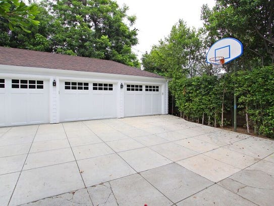 The famous basketball court, where George and Annie