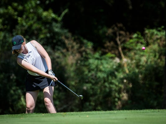 636381550101664680-GirlsGolfCounty-19.JPG