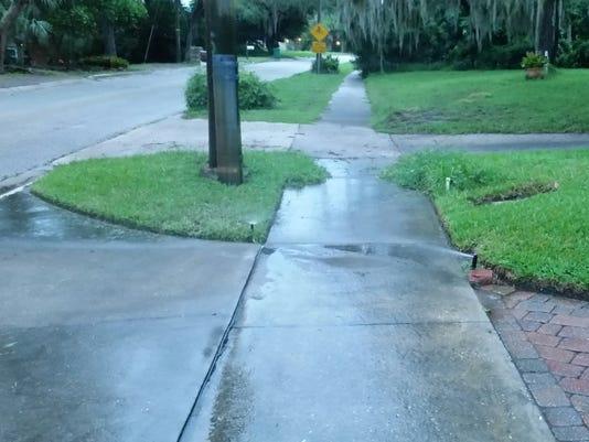 636514333134871813-irrigation-watering-the-sidewalk---Copy.jpg