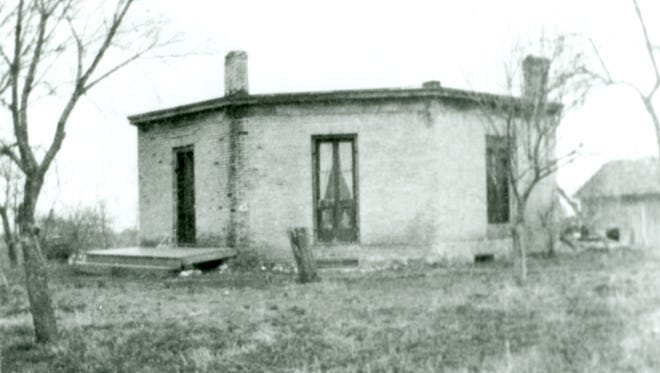 The Sheboygan Falls' octagon home in the 1940s when the Maner family occupied it. The eight-sided structure was located on Fond du Lac Avenue, built in 1862 and razed in 1962.