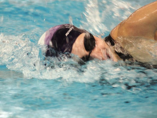 Holy Cross 39 Staubitz Makes History With Diving Title