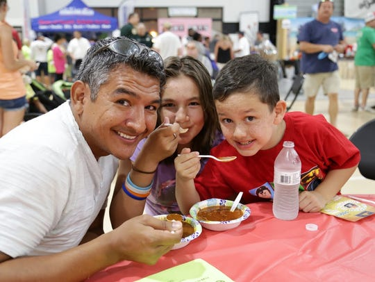 Chili makes everyone happy -- cookoff attendees could