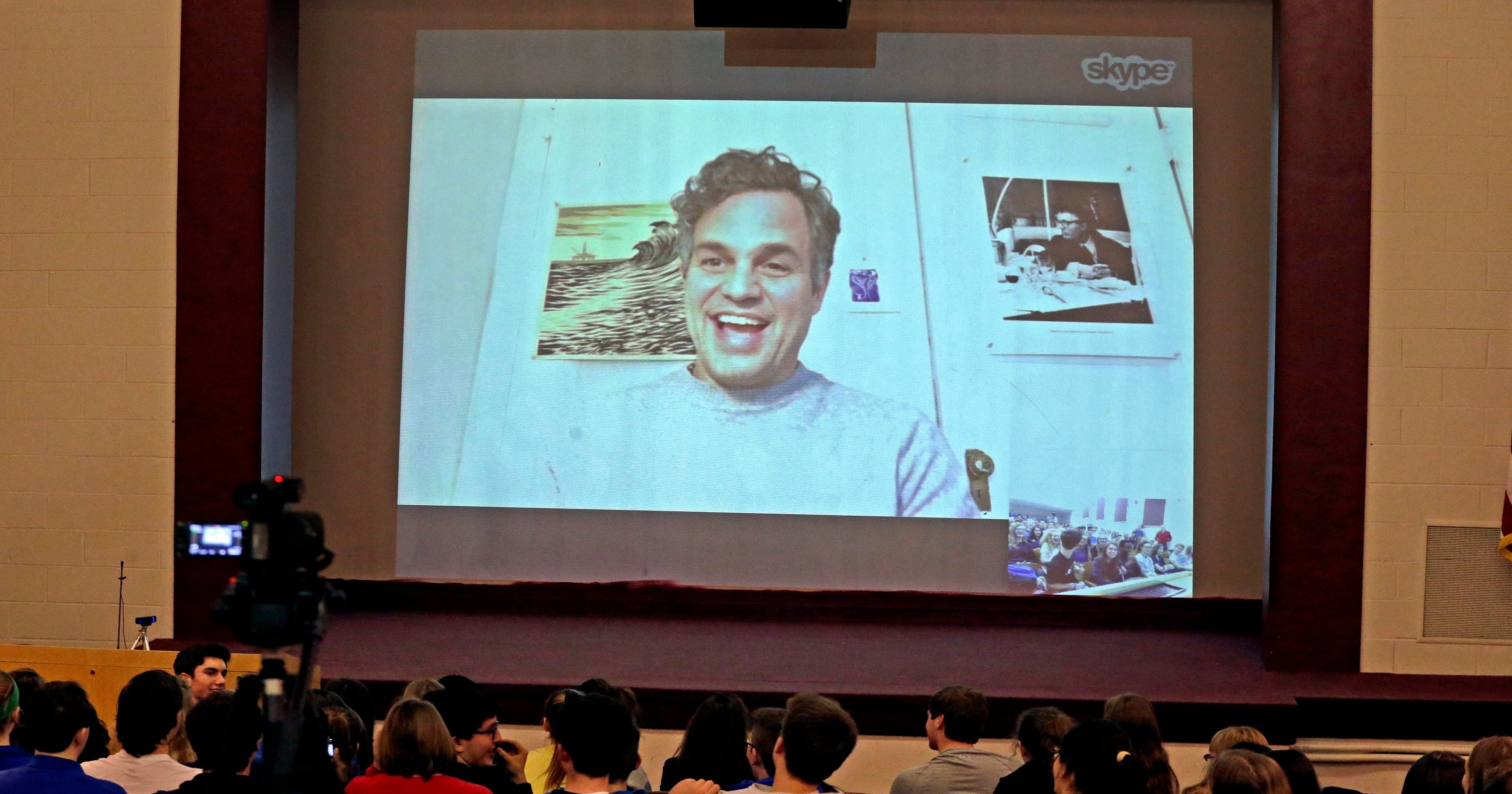 Mark Ruffalo Talks Acting And More With Theater Students In His Kenosha Hometown