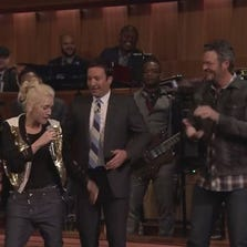 Gwen Stefani, Blake Shelton and Jimmy Fallon competed Wednesday in an epic lip sync battle.