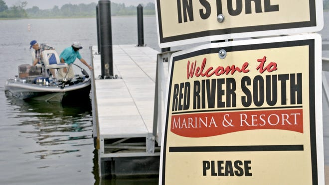 Anglers prepare to leave from the Red River South Marina, which will be the site of an this week's Bass Pro Shops Bassmaster Central Open.