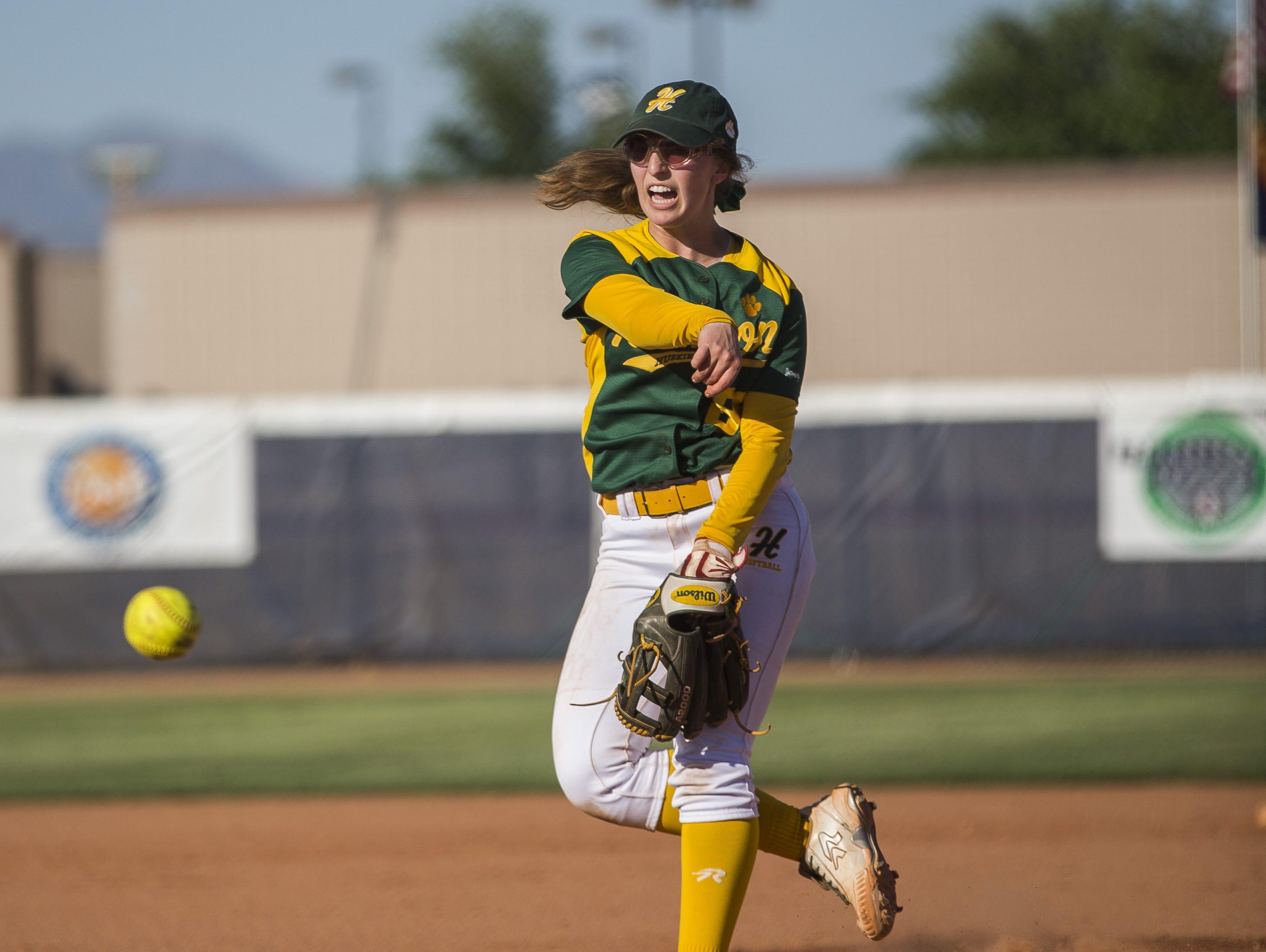 Horizon's Tamara Statman (88) against Pinnacle in the third inning at Pinnacle High School in Phoenix, AZ on March 30, 2015.