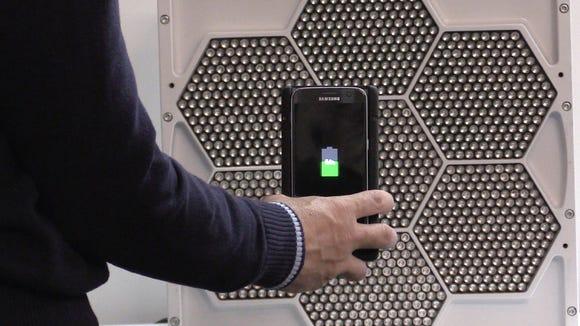 USA TODAY's Marco Della Cava tries out uBeam's wireless
