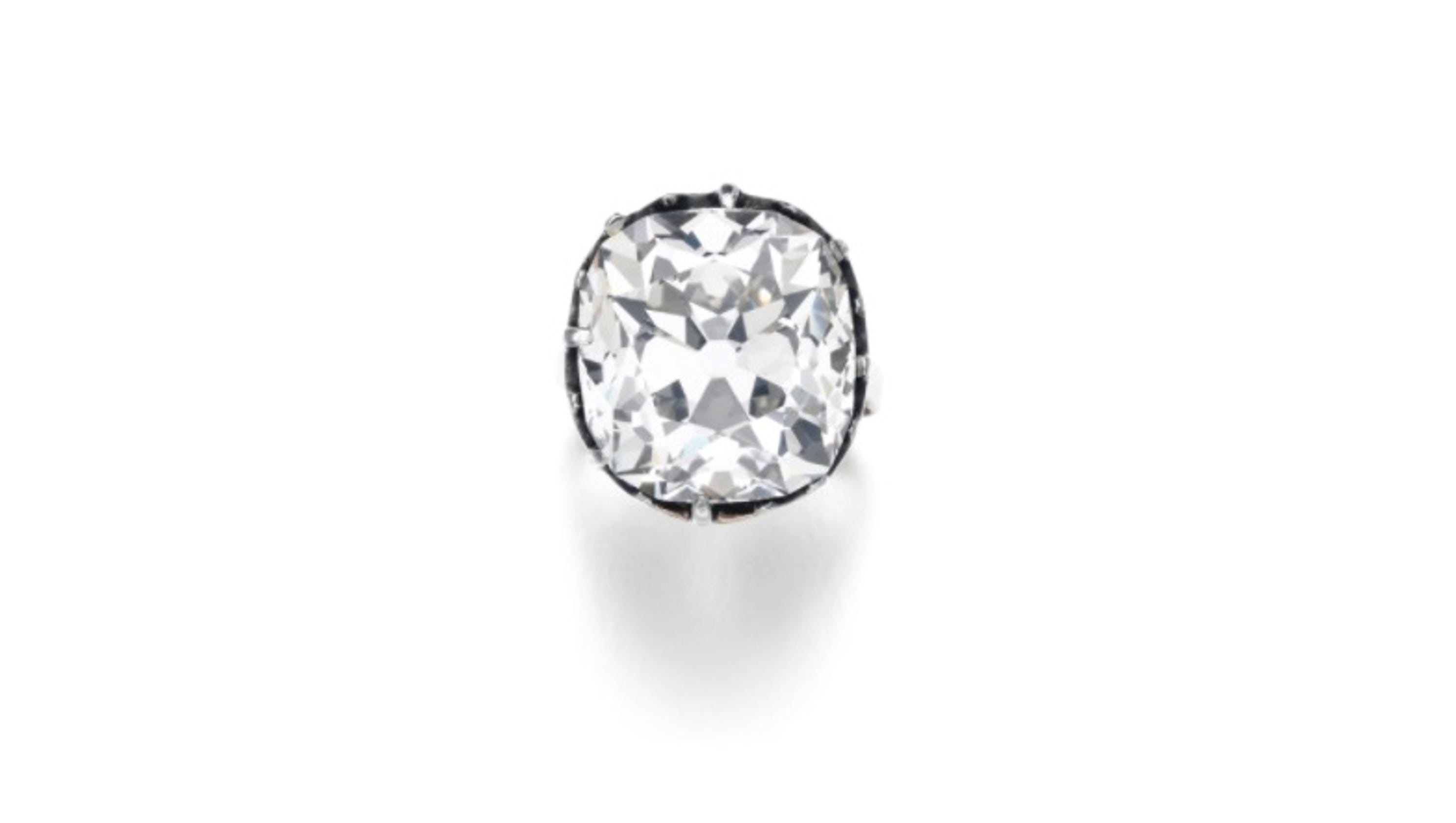 Costume Jewelry Diamond Ring Purchased For 13 S More Than 800k At Sotheby Auction