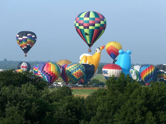 Readington is the home of the QuickChek New Jersey Festival of Ballooning, which is the largest summertime hot air balloon and music festival in North America.