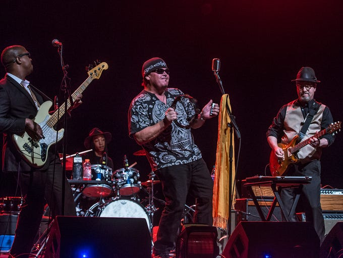 Montgomery blues rock band King Bee open for Delbert