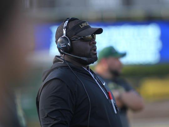 Lincoln coach Quinn Gray