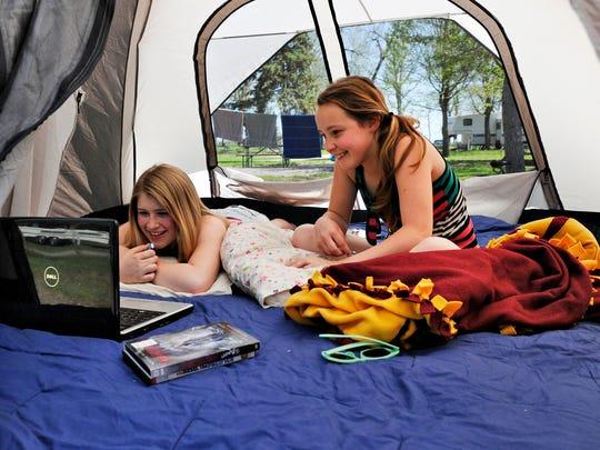 STC 0523 Camping 1.jpg