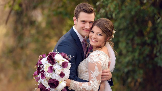 """Bringing Up Bates"" stars Bobby Smith and Tori Bates got married at Calvary Baptist Church in Knoxville on Dec. 16."