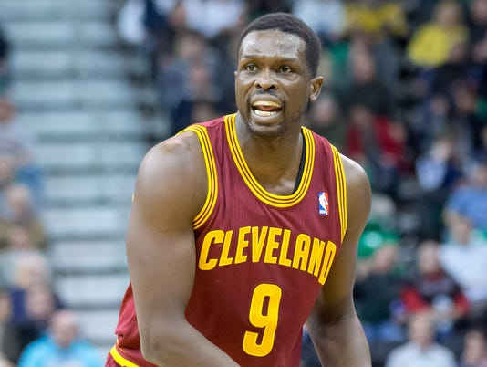Luol Deng agrees to contract with Miami Heat