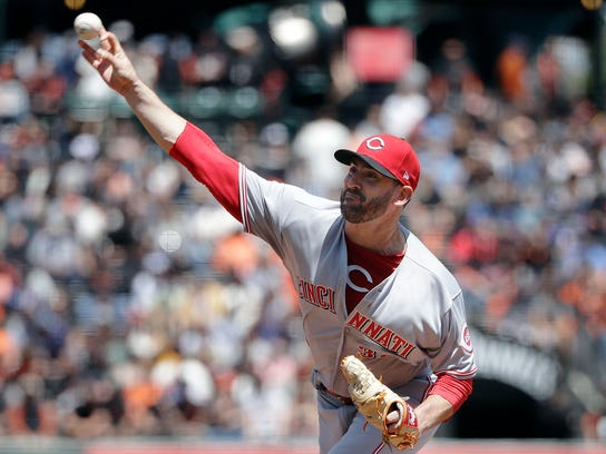 Reds_Giants_Baseball_96592.jpg