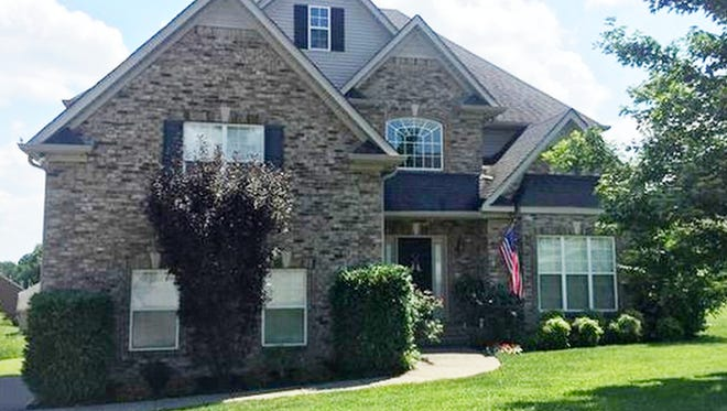 This Sumner County home, at 102 Chadwick Court in Hendersonville, was built in 2005 and has 2,803 square feet.