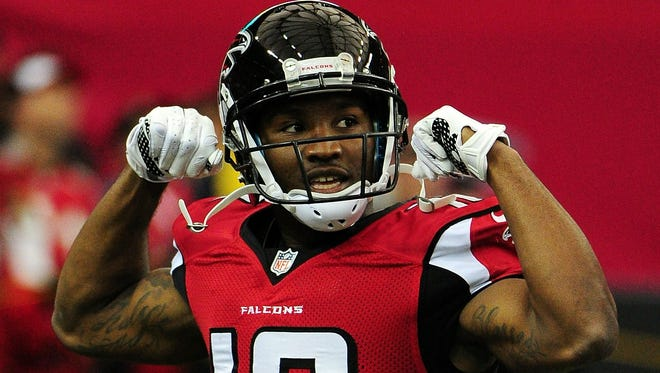 ATLANTA, GA - NOVEMBER 27: Taylor Gabriel #18 of the Atlanta Falcons stands on the field prior to the game against the Arizona Cardinals at the Georgia Dome on November 27, 2016 in Atlanta, Georgia. (Photo by Scott Cunningham/Getty Images) ORG XMIT: 663937639 ORIG FILE ID: 626128076