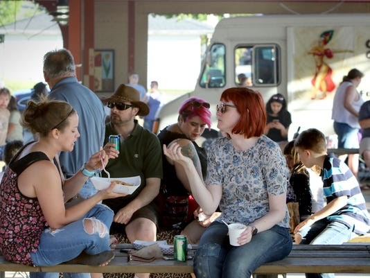 Food Truck Tour visits West Allis Farmers Market