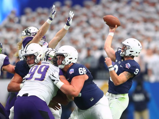 Penn State quarterback Trace McSorley throws a pass against Washington in the first quarter of the Fiesta Bowl.