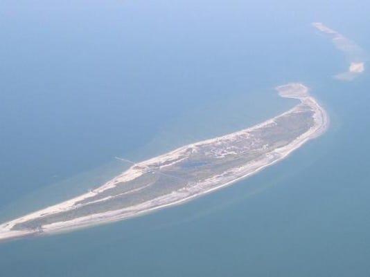 Ship_Island_Sept_2004.JPG