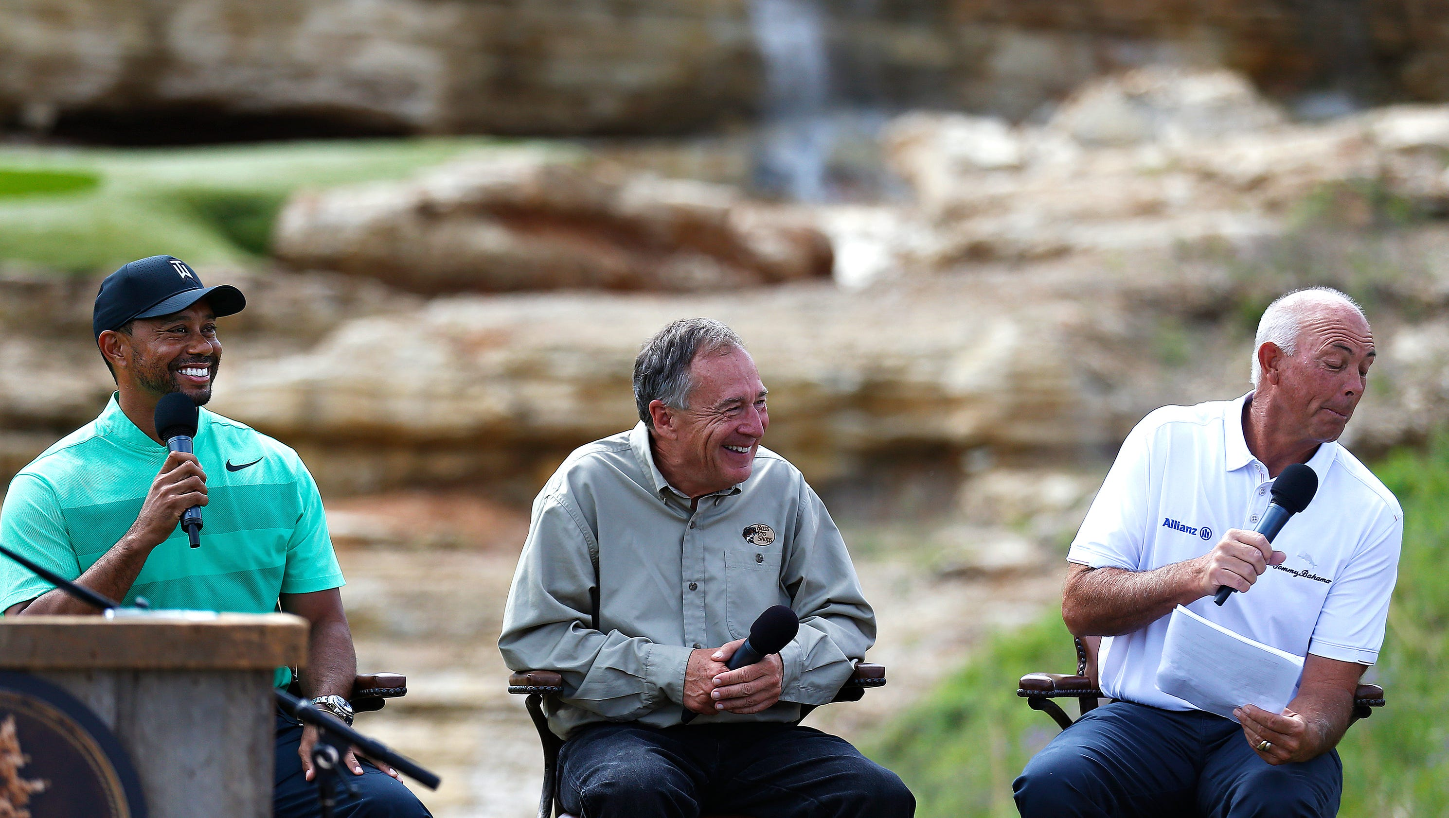 tiger woods announces new golf course in branson