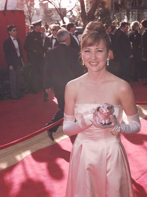Christine Cavanaugh  arrives at the 68th Annual Academy Awards in Los Angeles in 1996.
