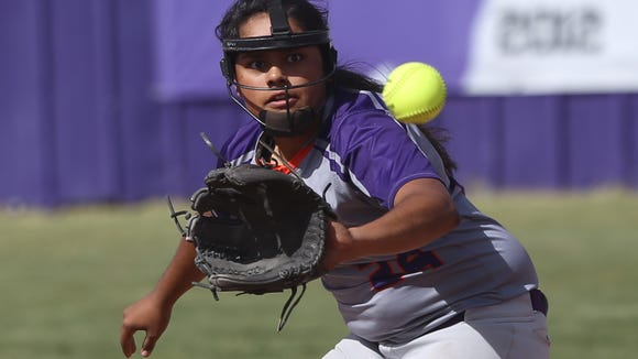 Eastlake's Kasey Flores snags a line drive earlier this season