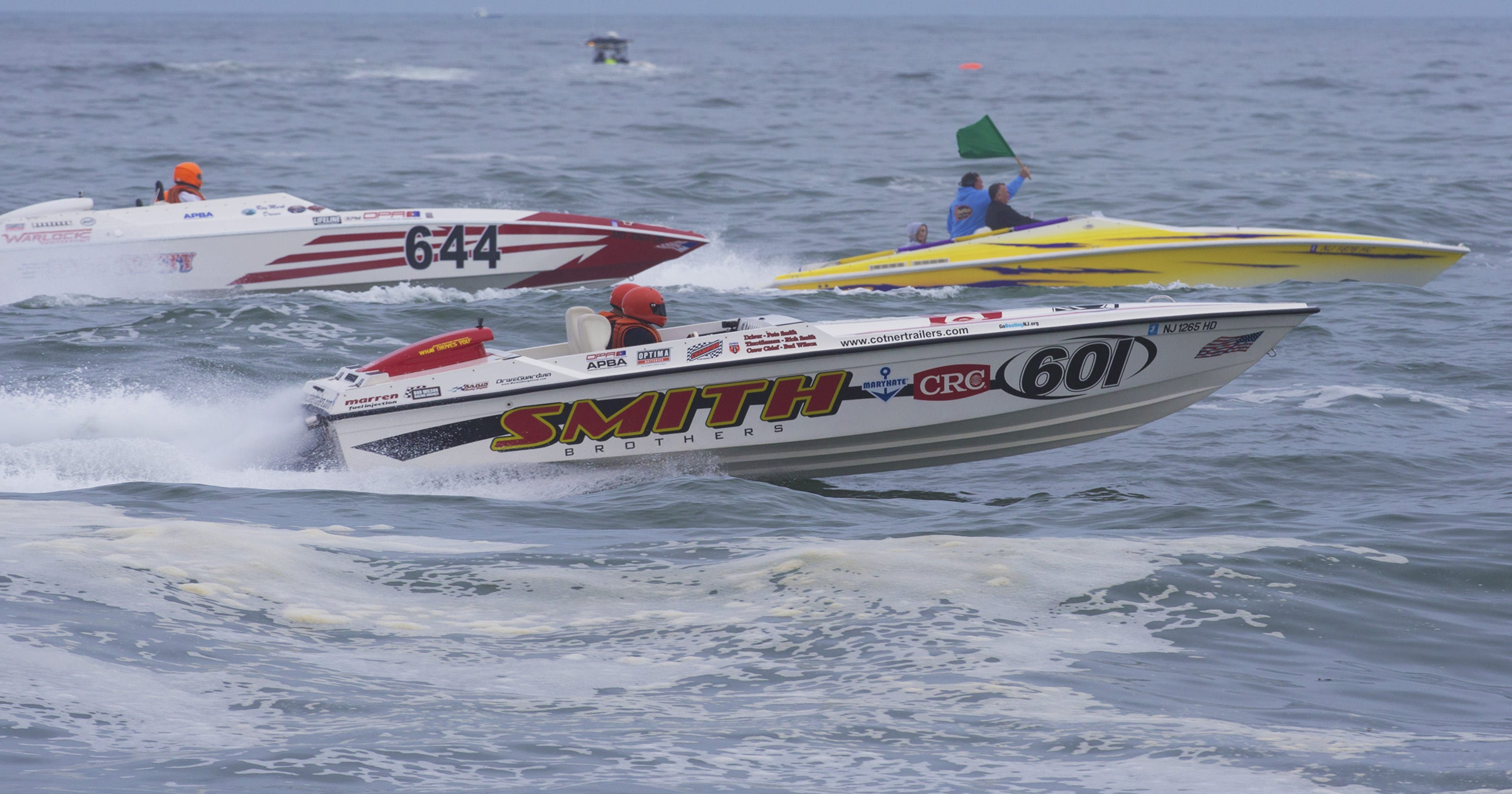 Year after fatal crash, Offshore Grand Prix returns to Point