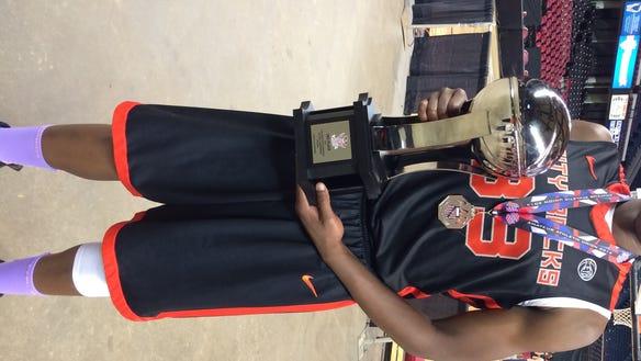 2014 Webster Schroeder boys basketball forward Emmitt Holt with Albany City Rocks