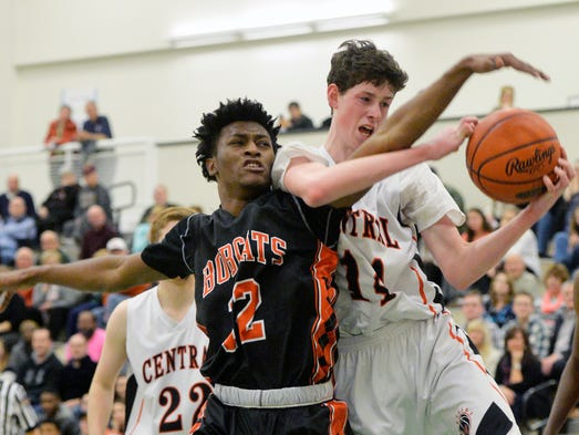 Northeastern's Jeff Reynolds and Central York's Tommy