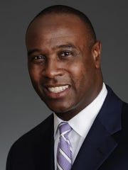 Former Tennessee football player and analyst for Fox Sports Charles Davis hosts the VOLSCARS Monday, April 25, 2011 at the Knoxville Convention Center.   Charles Davis