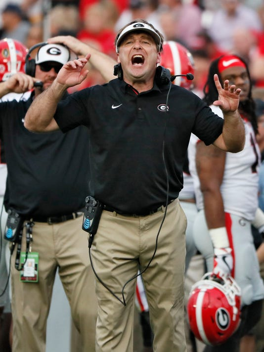 Georgia head coach Kirby Smart yells to his defense as they try to stop Oklahoma during the Rose Bowl NCAA college football game  in Pasadena, Calif., Monday, Jan. 1, 2018. (Bob Andres/Atlanta Journal-Constitution via AP)