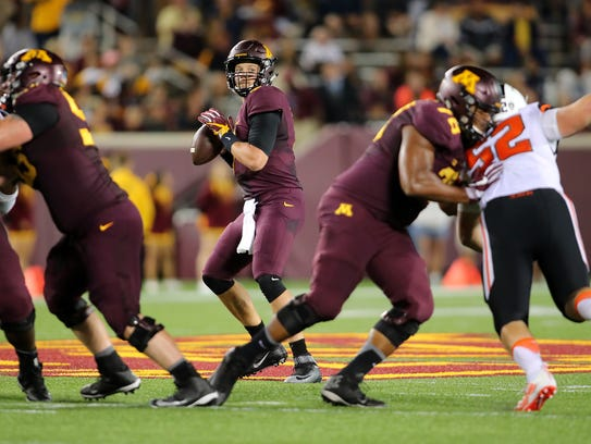 Quarterback Mitch Leidner and the Golden Gophers will