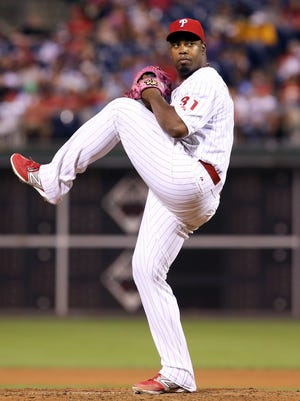 Phillies starting pitcher Jerome Williams pitches during the fourth inning against the Seattle Mariners on Monday at Citizens Bank Park in Philadelphia.
