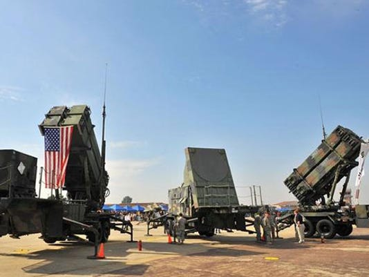 Patriot-missile-vehicles.jpg