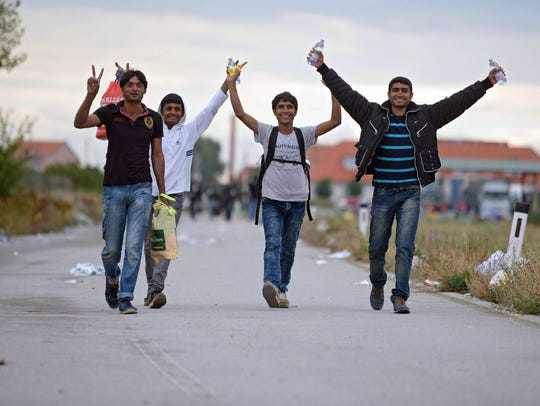 Austrian police say they expect 10,000 arrivals out