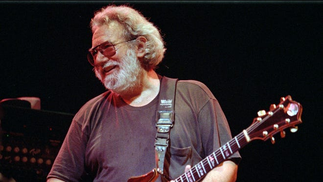 A guitar that belonged to the late Jerry Garcia will be auctioned for charity at the end of the month.