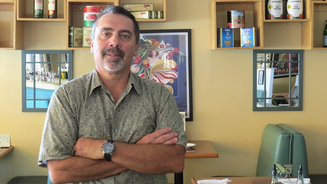 After more than 30 years as the owner of Roma Italian Deli & Restaurant in Newbury Park, Philip Hariot is selling the business to another area restaurateur.