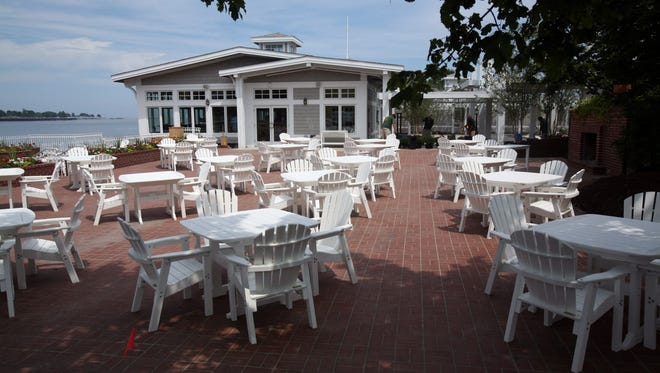 Harbor House restaurant at 550 Harbor Drive in Milwaukee has a Blackbird Wine Dinner coming up.