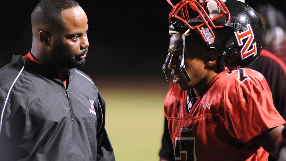 st  martinville hires derouen as new football coach