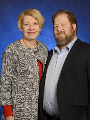 Darlene, of Harrisburg, and Ben Caplan, of York, attended the Living Donor Ceremony. Darlene donated one of her kidneys to Ben.