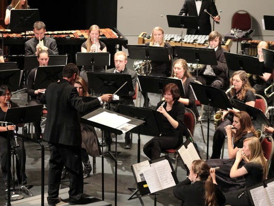 Dr Adam Lambert conducting SUU Wind Symphony.jpg
