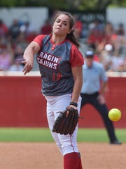 Alex Stewart pitched the Cajuns to a 9-8 win over Texas