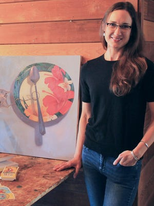 In studio with oil painter Sarah Sedwick.