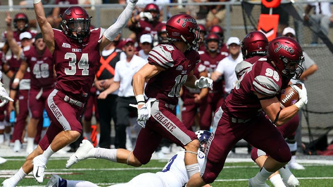 Colgate in action against Holy Cross, Sept. 1, 2018.