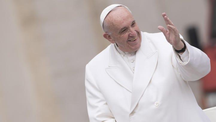 Pope denounces Catholics who lead a 'double life'